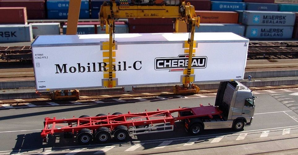 CHEREAU - refrigerated semi-trailers for rail/road transport
